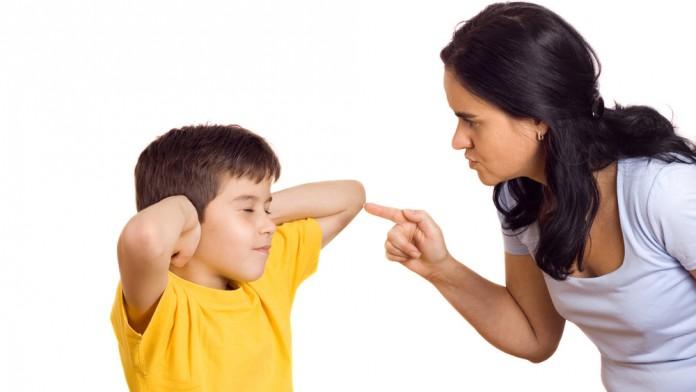 Ley 30403 prohíbe que padres «corrijan moderadamente» a sus hijos