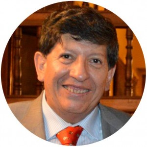 © Carlos Ramos Núñez*